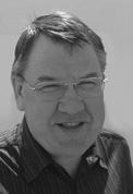 Dr. Manfred Hutt
